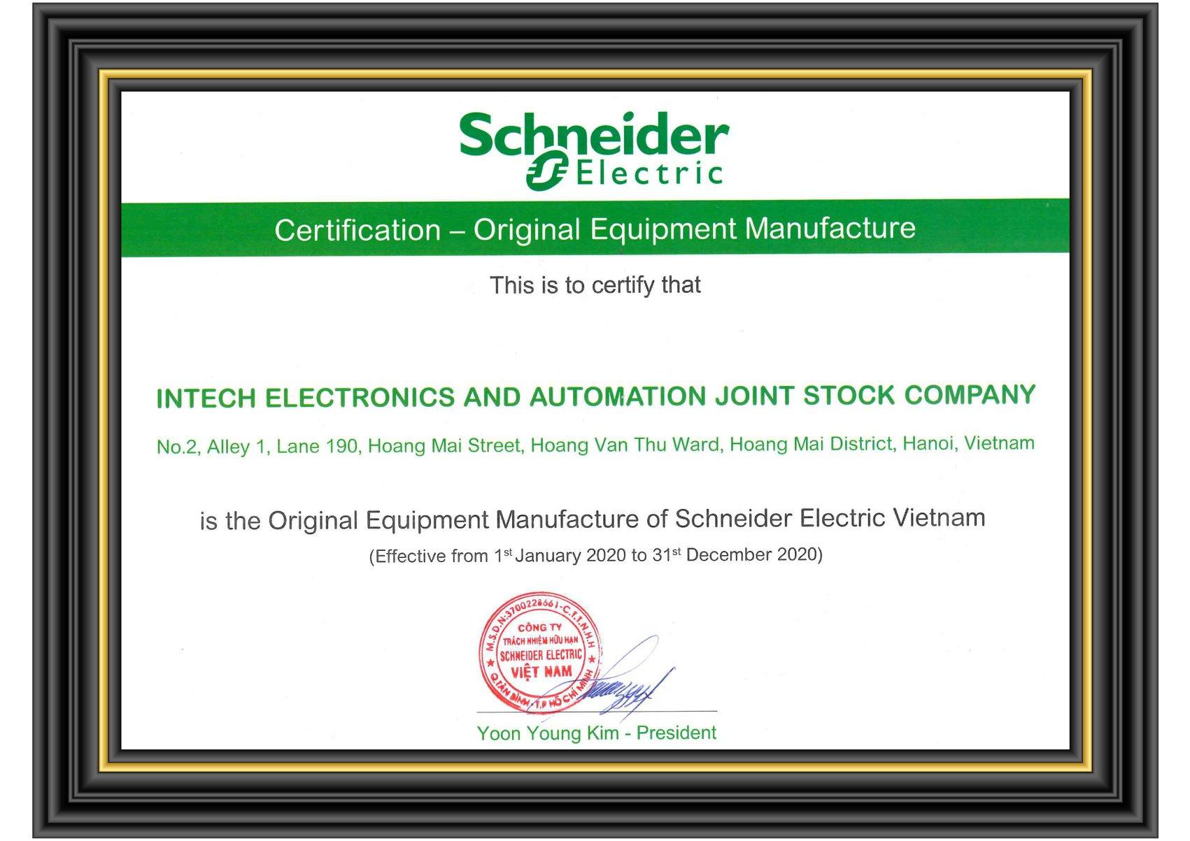 INTECH E&A ký kết hợp tác phân phối thiết bị gốc của Schnieder Electric